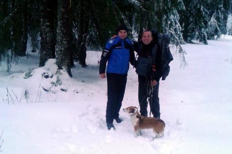 Un belgian care a pornit pe jos spre Turcia, la un pas de îngheţ în Munţii Bihorului