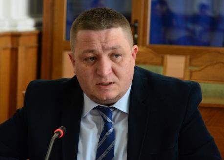 Poliţistul mincinos: Bihorel l-a prins cu minciuna pe şeful Poliţiei Locale Oradea, Cristian Beltechi