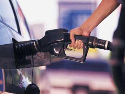 OMV Petrom scumpeşte din nou benzina şi motorina!