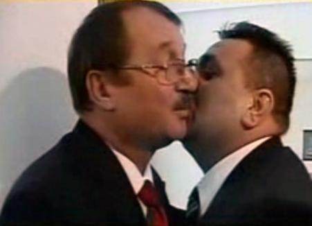"""Din ciclul """"Băsescu şi ţiganii"""": """"De nu-ţi bag un cuţit direct în cap, le las leş acolo!"""""""
