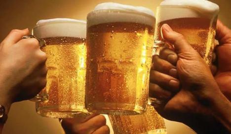 Bere la halbă mai ieftină, la propunerea deputatului bihorean Adrian Merka