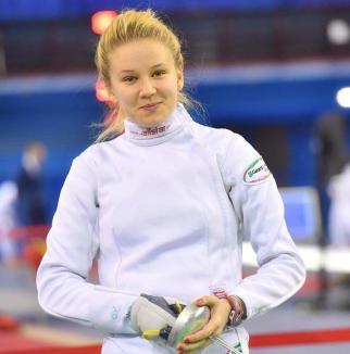 Bianca Benea s-a clasat pe locul VI, la Cupa României la spadă senioare