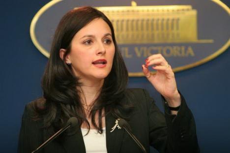 Alina Bica, fosta şefă a DIICOT, dată în urmărire internaţională, a fost prinsă în Italia