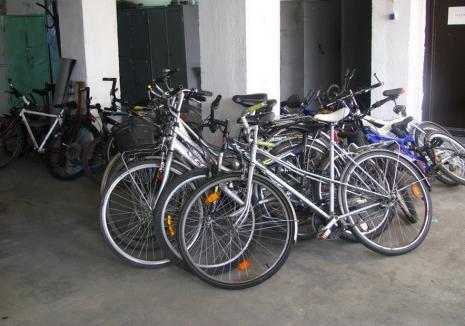 Hoţ de biciclete în vârstă de 29 de ani, arestat de Judecătoria Oradea