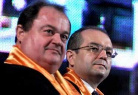 Blaga, Boc şi Paleologu şi-au depus candidaturile la şefia PDL
