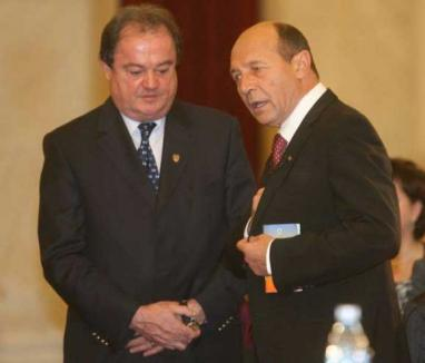 După ce Băsescu l-a acuzat că a furat startul în alegerile din PDL, Vasile Blaga îl contrazice