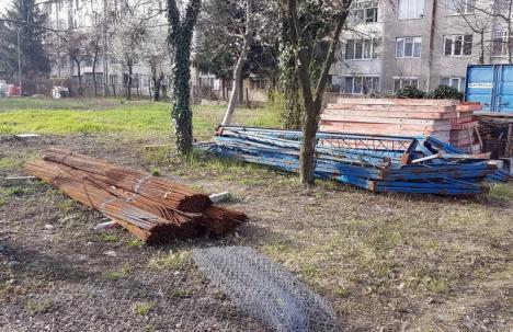 Case pentru medici: Constructorii au primit ordinul de începere a construcţiei blocului ANL din curtea Spitalului Gavril Curteanu (FOTO)