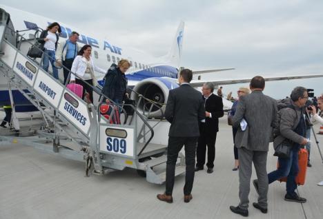 Consiliul Judeţean Bihor: 'Ni se dau în continuare asigurări că zborurile Blue Air vor continua'