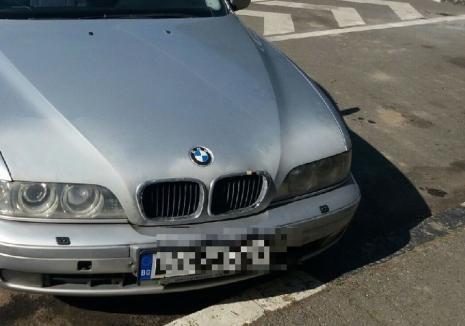 Un bărbat din Ştei a furat BMW-ul cumnatului şi a ieşit la plimbare. A fost prins şi reţinut la Oradea