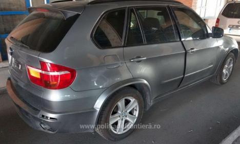 Un BMW X5 furat din Marea Britanie a fost găsit la frontiera Borş