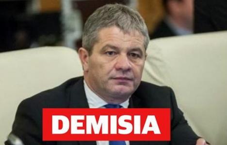 USR Bihor cere demisia sau demiterea lui Bodog: 'Setea de diplome a liderilor PSD bihoreni nu are limită'