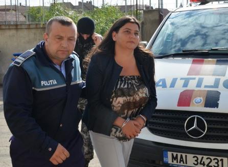 Ex-preşedinta Partidului Verde Bihor, trimisă în judecată pentru negoţul cu locurile din secţiile de votare