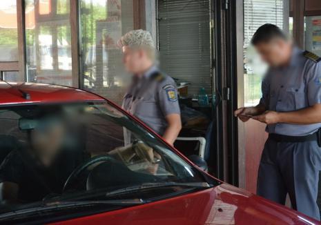 Doi criminali eliberaţi condiţionat au vrut să fugă din țară prin vama Borş, dar au ajuns în arest