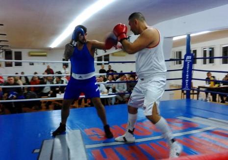 Cupa Alexandru Jur la box a fost dominată de pugiliştii clubului organizator, Gym Mar Strong Oradea