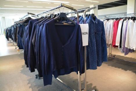 Hai la cumpărături! La târgul Brands 4 Friends, de la Oradea Trade Center, găseşti 25.000 de produse, cu preţuri între 35 şi 100 de lei (FOTO)