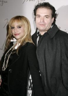 Soţul lui Brittany Murphy a fost găsit mort la cinci luni după decesul actriţei
