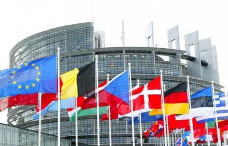 E plin de spioni ruşi şi chinezi la Bruxelles. Diplomaţii europeni au fost avertizaţi de prezenţa lor