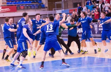 Handbaliştii de la CSM Oradea au încheiat turul cu punctaj maxim şi vor juca în Cupa României!
