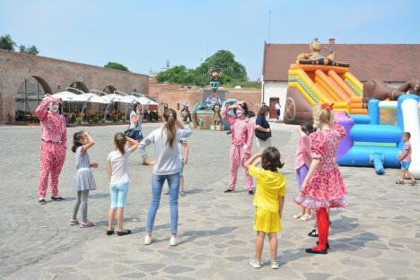 'Împuşcături' în Cetatea Oradea! Vezi ce urmează la Kids Fest (FOTO / VIDEO)