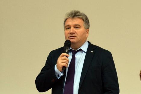 Nu se lasă mai prejos! Rectorul Bungău îl laudă pe noul ministru al Educaţiei, cu care a 'colaborat împreună'
