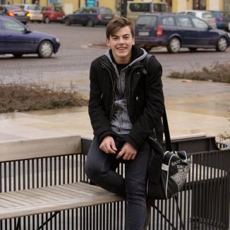 Tinereţi frânte: Povestea unui majorat însângerat, care a omorât un adolescent de viitor și i-a aruncat prietenul după gratii (FOTO)