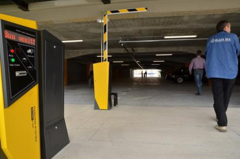 Parcarea supraterană din spatele Tribunalului va fi deschisă din 15 mai (FOTO)
