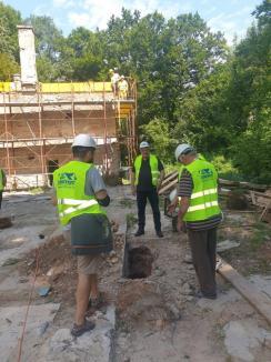 Încep lucrările de reconstrucţie a Cabanei Vadu Crişului(FOTO)