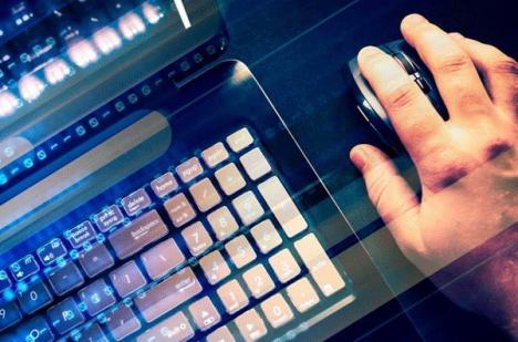 Răzbel pe mail: Candidat la direcţiunea unei şcoli, 'hackerit' în numele unui şef de la Inspectoratul Şcolar