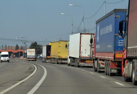 Se anunţă... cozi: Ziua Naţională a Ungariei ar putea cauza aglomerări în Borş
