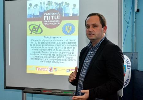 'Fii tu! Fără droguri! Fără violenţă!'. Elevii din Bihor sunt avertizaţi cu privire la efectele consumului de canabis şi etnobotanice