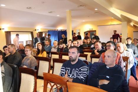 USR Oradea şi-a stabilit candidaţii care vor concura pentru Consiliul Local. Votul online s-a anulat, din motive de... hacking