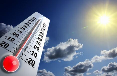 Alertă meteo: caniculă, vijelii și grindină până luni după amiază. Vor fi temperaturi de până la 37 de grade!