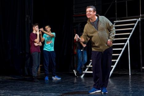 'Carantină în Grand Hotel', spectacol muzical la Teatrul Szigligeti