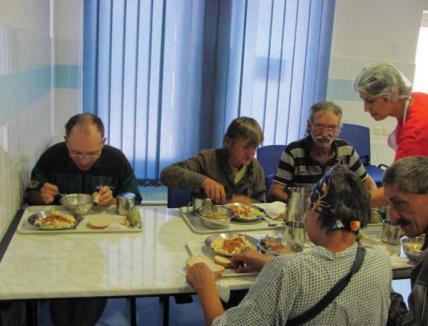 Aproape 30.000 lei, strânşi de Asociaţia Caritas pentru nevoiaşi
