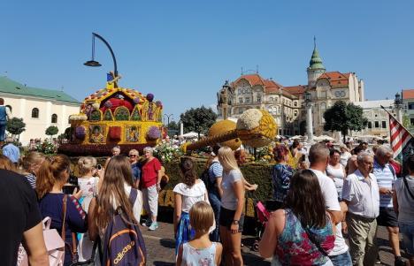 Piața Unirii, închisă circulației auto pe 21 august, de Carnavalul Florilor