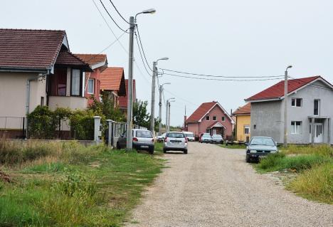 Totul pe bani. Primăria Oradea scoate la licitaţie încă 20 de parcele în cartierul Tineretului