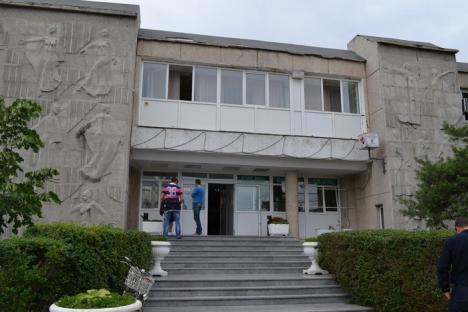 Consiliul Judeţean va cere instanţei desfiinţarea ONG-ului care a prădat averea fostei Uniuni a Tineretului Comunist