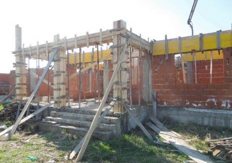 Fiţi cu băgare de seamă! 12 case în construcţie, sparte în Sântandrei într-o singură noapte