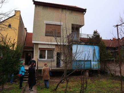 Doi medici orădeni și-au donat casa şi obiecte de circa 50.000 de euro Muzeului Țării Crișurilor. Ce se va întâmpla cu donaţia (FOTO / VIDEO)