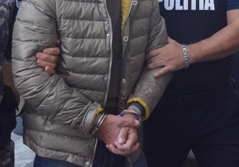 Şi beat, şi fără permis, şi cu maşina furată: Un tânăr din Bihor a ajuns după gratii după o tamponare