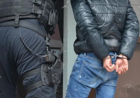 Tupeu de borfaş: Lăsat liber după ce a fost prins în flagrant cu camătă, un interlop din Bihor a fost reținut din nou și apoi arestat pentru... şantaj