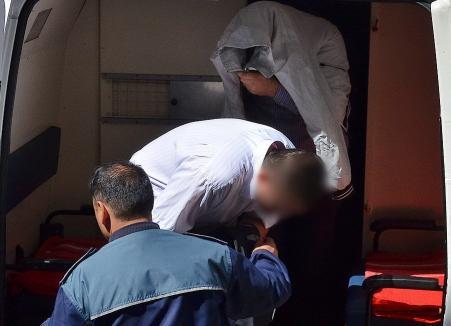 Tentativă de omor: Cei doi bărbaţi care au zdrobit în bătaie un orădean pentru că n-a vrut să cerşească pentru ei, trimiși în judecată