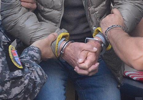 Orădean condamnat la închisoare pentru trafic de persoane şi proxenetism în Franţa. A exploatat tinere din trei tabere de romi