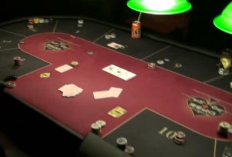 Mii de jetoane şi bunuri de zeci de mii de lei confiscate din clubul Pentagon (FOTO / VIDEO)