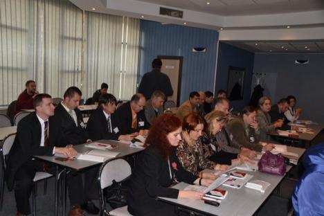 Pe bani europeni, cursanţii de la şcoala Poliţiei de Frontieră vor învăţa asistaţi de calculator
