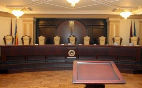 Codul administrativ a fost atacat la Curtea Constituțională. Posibile efecte