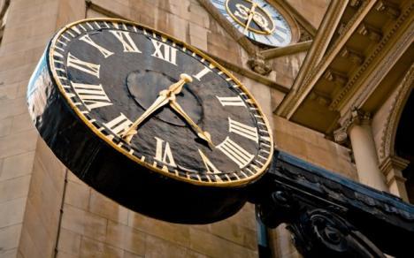 Se schimbă ceasul: trecem la ora de iarnă!