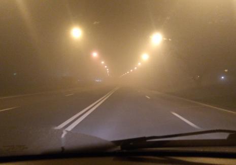 Meteorologii avertizează: Cod galben de ceaţă în Bihor. Vezi localităţile afectate!