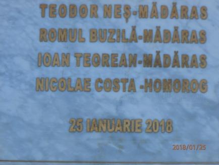 De Centenar: La Mădăras a fost dezvelită o placă din marmură cu numele delegaţilor la Marea Unire (FOTO)