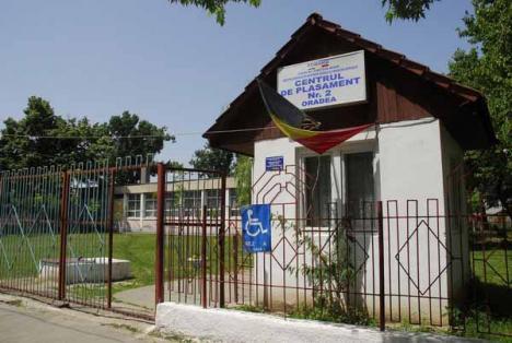 """CJ Bihor """"privatizează"""" administrarea aşezămintelor pentru copii şi vârstnici"""